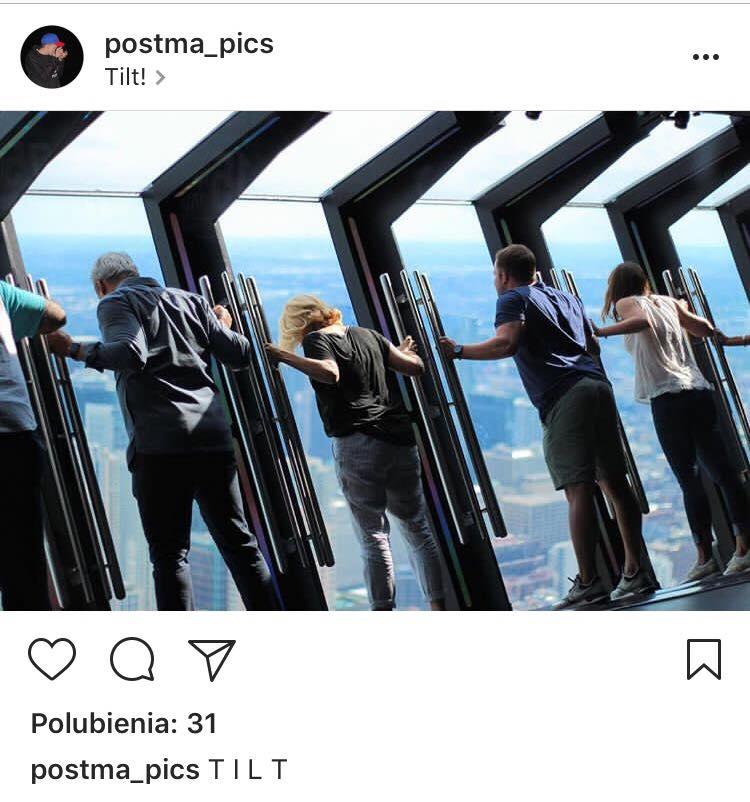 John Hancock Tilt w Chicago/ instagram: postma_pics