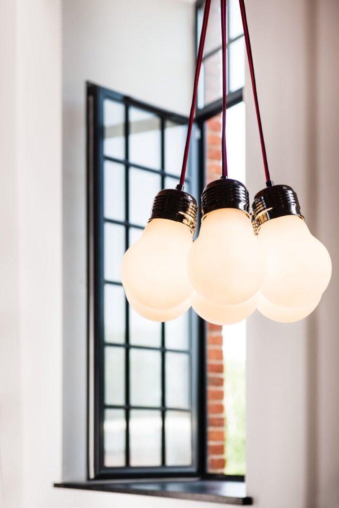 Model Bulb