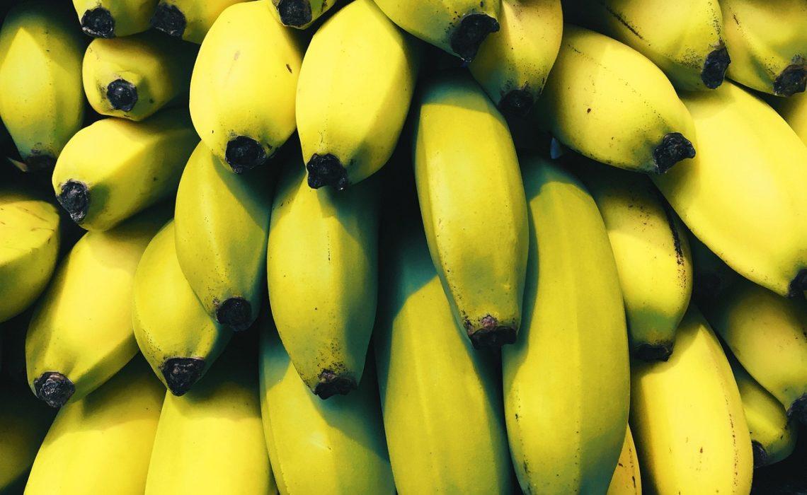 banany z jadalną skórką
