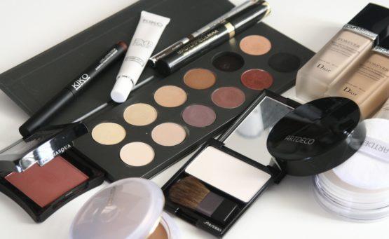 Makijaż oczu - jak dobrać odpowiedni kolor cieni, aby wyglądać świetnie?