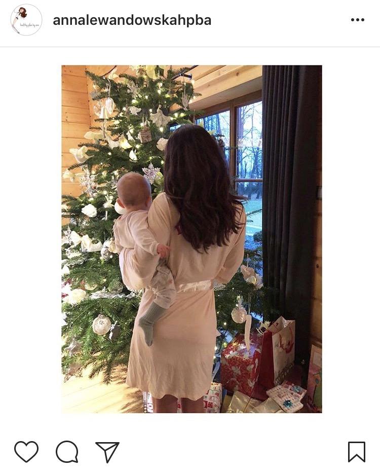 Święta w domu Ani i Roberta Lewandowskich zdj. printscreen instagram @annalewandowskahpba