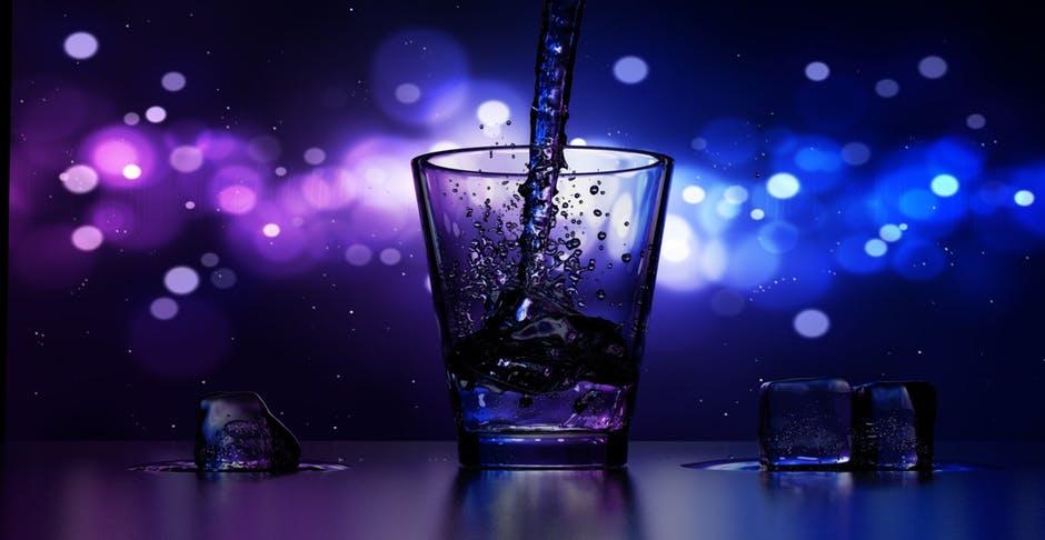 surowa woda