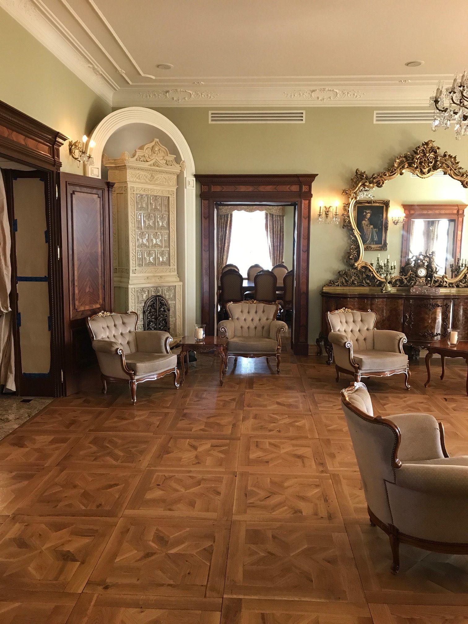 Wnętrza Pałacu w Pacółtowie