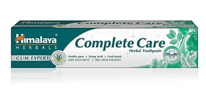 Pasty ziołowe Himalaya Herbals na stałe zagościły w naszej łazience