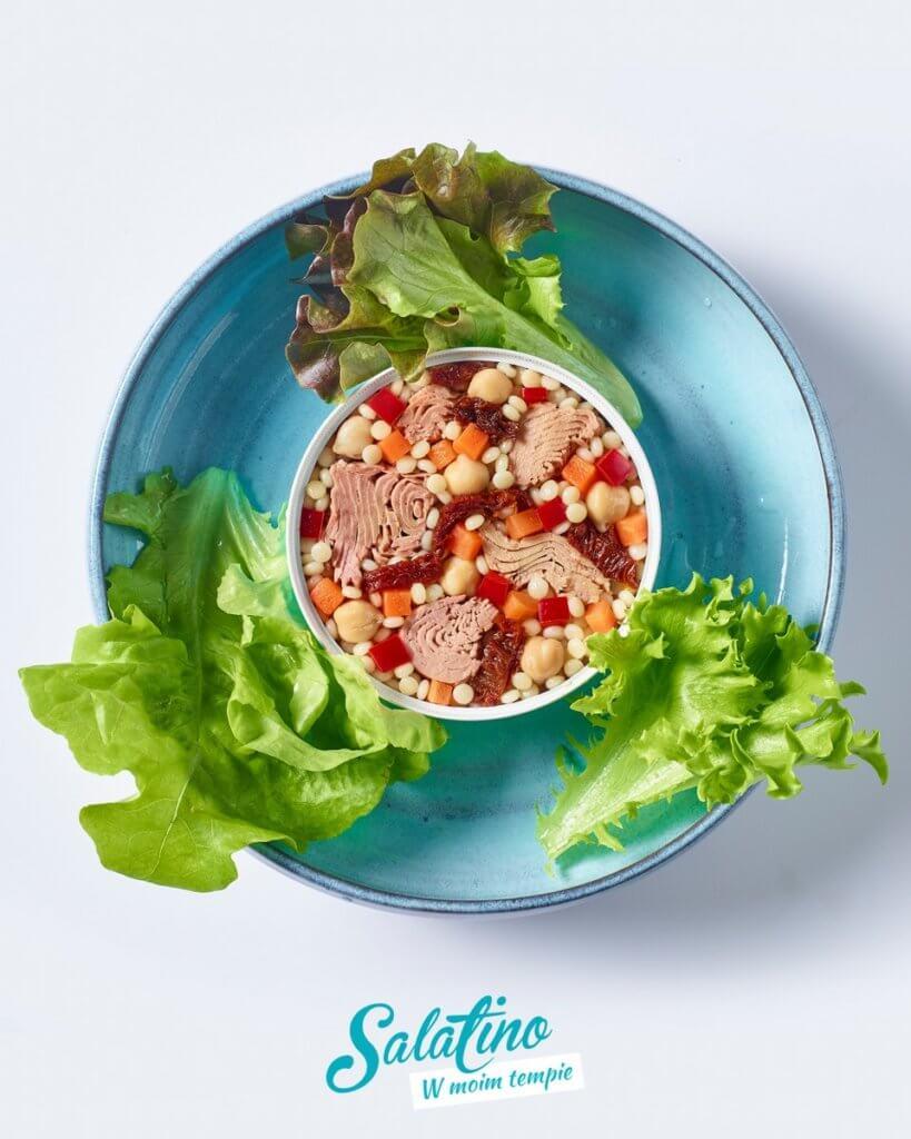 Salatino. Tuńczyk z kaszą kuskus